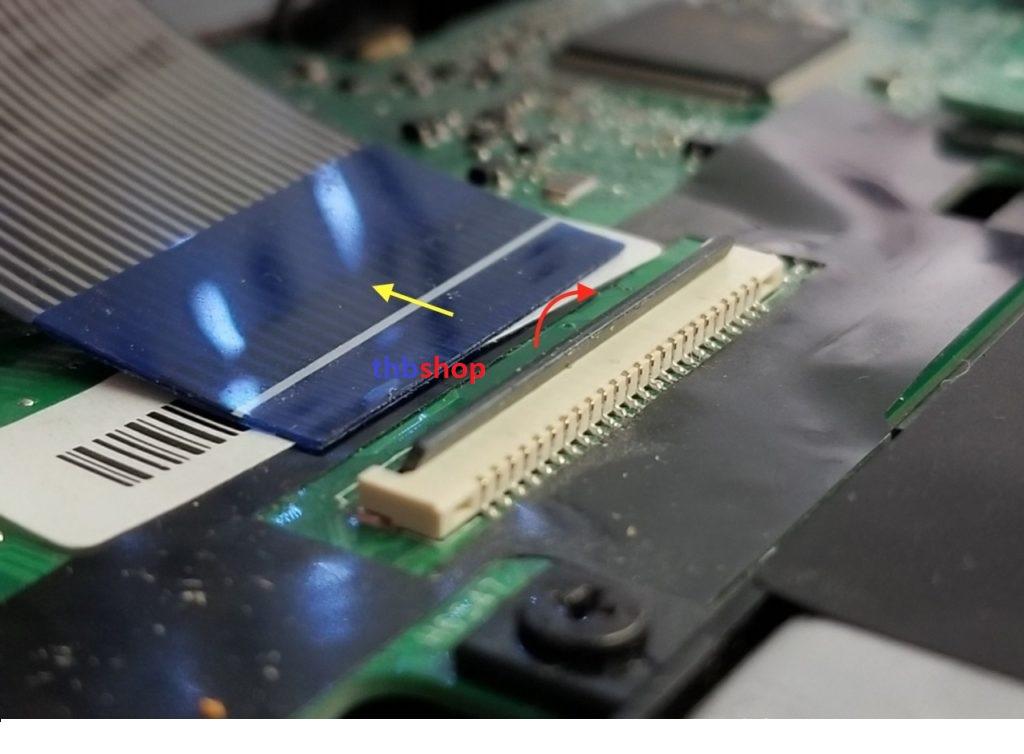 cách tháo dây bàn phím Asus X555